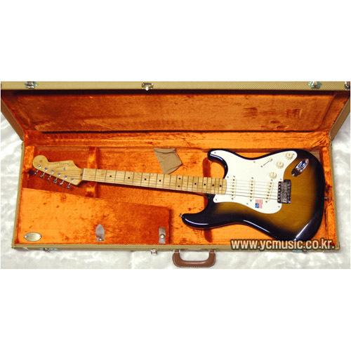 펜더USA AM.Vintage'57 Strat 2TS